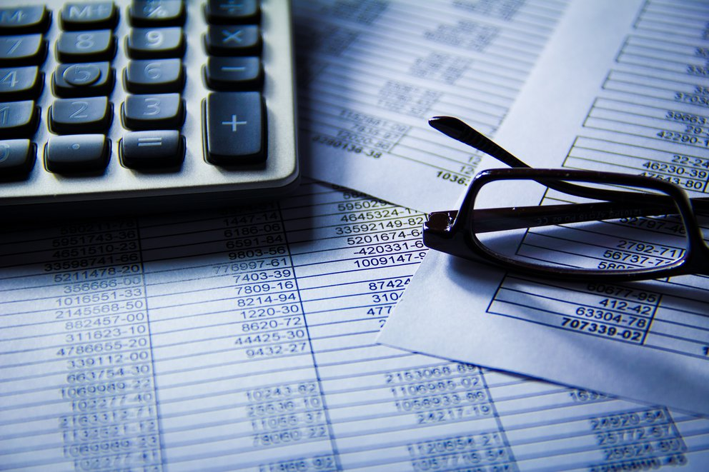 'Numbers And Finance' found at https://flic.kr/p/9rn9Yh by kenteegardin (https://flickr.com/people/teegardin) used under Creative Commons Attribution-ShareAlike License (http://creativecommons.org/licenses/by-sa/2.0/)