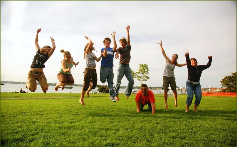 'Family jump' found at https://flic.kr/p/6r2GgF by Evil Erin (https://flickr.com/people/evilerin) used under Creative Commons Attribution License (http://creativecommons.org/licenses/by/2.0/)
